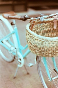 white on white (photo courtesy of http://www.sfgirlbybay.com) turquoise bike