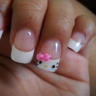 hello_kitty_nails_423_thumb