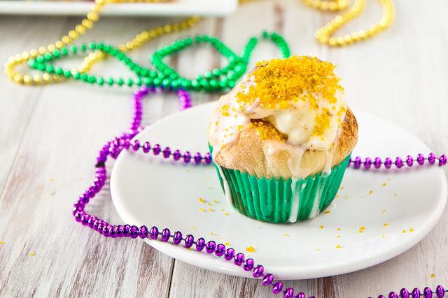 king's cake cupcakes